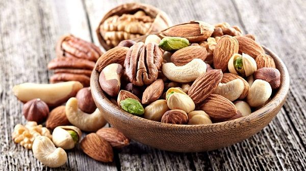 Nuts: Are they fattening?  Which ones are the best?  How many can you eat?  ⋆ Revolutionary Fitness